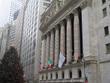 New York Stock Exchange at Christmas, New York City, New York, USA Fotografie-Druck von Bill Bachmann