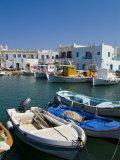 Fishing Boats in Naoussa, Paros, Greece Fotografie-Druck von Bill Bachmann