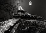 Tour Eiffel, Pleine Lune Print by Antoine Carrara