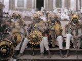 Ethiopia's Veterans, in Traditional Costumes, Sit on Cathedral Steps Reproduction photographique Premium par W. Robert Moore