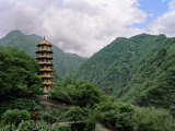 Large Pagoda Is Found in the Mountains of Tienhsiang Area of Taroko Gorge, Taiwan Fotografisk trykk av  xPacifica