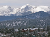 Rocky Mountain National Park from the Stanley Hotel in Estes Park Fotografisk tryk af Rich Reid