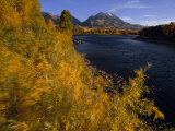 Autumnal View of Paradise Valley and the Yellowstone River. Emigrant Peak in Distance Reproduction photographique par Annie Griffiths Belt