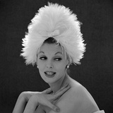 White Feathered Hat, 1960s Gicléetryck av John French