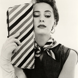 Barbara Miura with Madame Crystal Handbag and Neck Tie, 1953 Reproduction procédé giclée par John French