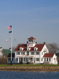 New York, Long Island, Montauk, Us Coast Guard Station, USA Fotoprint van Walter Bibikow