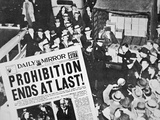 Headline Declaring the End of Prohibition, 6th December, 1933 Giclee Print