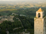 View of the Tuscan Landscape from the Torre Del Mangia in Siena Fotoprint av Annie Griffiths Belt