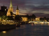 Twilight View across the River Limmat Toward Downtown Zurich Fotoprint av Annie Griffiths Belt