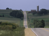 Road Through Rolling Hills and Farmland Near New Glarus Reproduction photographique par Paul Damien