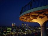 Pittsburgh Skyline at Night from Mt. Washington Overlooking the River Fotografisk trykk av Lynn Johnson
