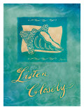 Listen Closely Stampa giclée di Flavia Weedn