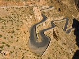 Zigzag Road in the Dades Gorge, Atlas Mountains, Morocco, North Africa, Africa Reproduction photographique par Michael Runkel