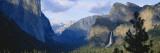Yosemite Valley and Bridal Veil Falls, Yosemite National Park, California, USA Stampa fotografica di Paul Souders