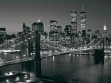 Manhattan Skyline at Night ポスター : リチャード・ベレンホルツ