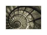 Spiral Staircase in Arc de Triomphe Giclée-tryk af Christian Peacock