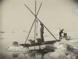 Nansen Takes a Reading of Deep Arctic Ocean Water Temperature Reproduction photographique par Fridtjof Nansen