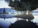Misty Lake with a Shrine on Bali Island, Indonesia Impressão fotográfica por Paul Chesley