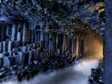 Basalt pillars line Fingal's Cave. Fotografisk trykk av Jim Richardson