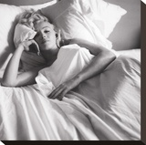 Marilyn Monroe: Bed Stretched Canvas Print