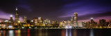 Oplyste bygninger langs vandet, aftenbillede, Sears Tower, Lake Michigan, Chicago, Illinois, USA Wallstickers