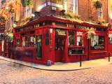 Temple Bar Pub na área de Temple Bar Impressão em tela esticada por Eoin Clarke