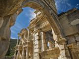 Library of Celsus at Ephesus Fotografisk tryk af Izzet Keribar