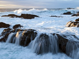 Waves Crashing O Rocks at Soberanes Fotografisk trykk av Douglas Steakley