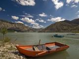 Tortum Lake Fotografisk tryk af Izzet Keribar