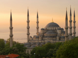 Sultan Ahmet (Blue Mosque) at Dawn, Historic Centre of Istanbul Stampa fotografica di Diego Lezama