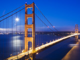 Golden Gate Bridge at Dusk with Moon in Background from Vista Point Reproduction photographique par Orien Harvey