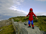 Child Dressed as Spiderman at Maroubra Beach Impressão fotográfica por Oliver Strewe