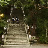 Two School Girls Walking Up Steps at Chitose Shrine Fotografisk tryk af Shayne Hill