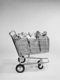 Shopping Trolley Filled With Bags of Groceries Fotografisk trykk av H. Armstrong Roberts