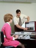Executives at Computer Reproduction photographique par H. Armstrong Roberts