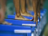 Detail of Female Swimmers at the Start of a Race Fotografie-Druck