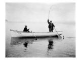 Holmes Harbor, Whidbey Island, Landing Fish, 1931 Giclée-tryk af Asahel Curtis