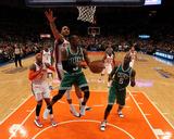 Boston Celtics v New York Knicks - Game Three, New York, NY - APRIL 22: Rajon Rondo and Jared Jeffr Fotografía por Nick Laham