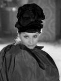 Sophia Loren in a Christian Dior dress 写真プリント : リュック・フールノル