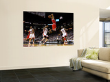 BESTPIX  Chicago Bulls v Miami Heat - Game FourMiami, FL - MAY 24: Derrick Rose, LeBron James, Mari Vægplakat af Mike Ehrmann
