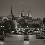 Notre Dame and Pont Des Arts, Paris, France Fotografie-Druck von Jon Arnold