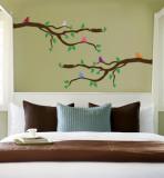 Branch With Multi-Colored Birds Vinilo decorativo