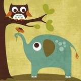 Chouette et éléphant Poster par Nancy Lee