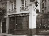 Cafe/Brasserie, Ile De La Cite, Paris, France Stampa fotografica di Jon Arnold