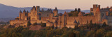 France, Languedoc-Rousillon, Carcassonne; the Fortifications of Carcassonne at Dusk 写真プリント : ケイティ・ガロード