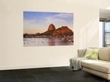 Brazil, Rio De Janeiro, Botafogo, View of Sugar Loaf Poster géant par Jane Sweeney