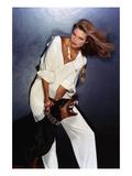 Vogue - February 1977 - Beauty and the Beast Fotografie-Druck von Chris Von Wangenheim