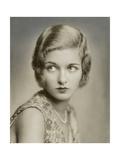 Vanity Fair - May 1930 Premium-Fotodruck von Florence Vandamm