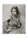 Vanity Fair - May 1928 Premium-Fotodruck von Florence Vandamm