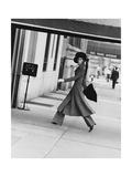 Vogue - August 1968 - Windsor Elliot, 1968 Premium Photographic Print by Jack Robinson